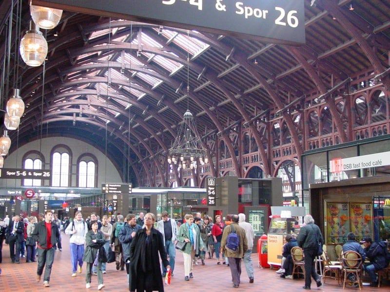 中央駅で、さぁどこへ行こう!B