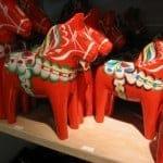 スウェーデン・ダーラナ地方発祥の伝統工芸のダーラナ・へスト_b