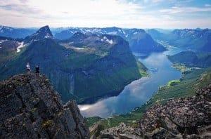 From-Slogen-oye-Hjorundfjorden-112012-99-0023-1500