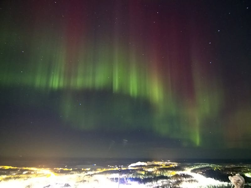 levi_aurora_nightview