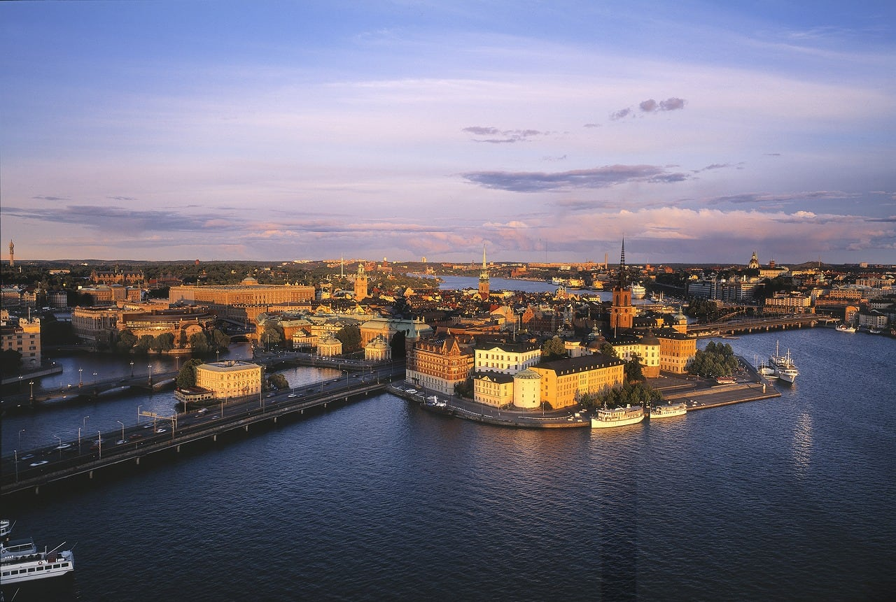 s-3.Stockholm_view_ over_The_Riddarholmen_Island_Photo_Jeppe Wikstrom_1