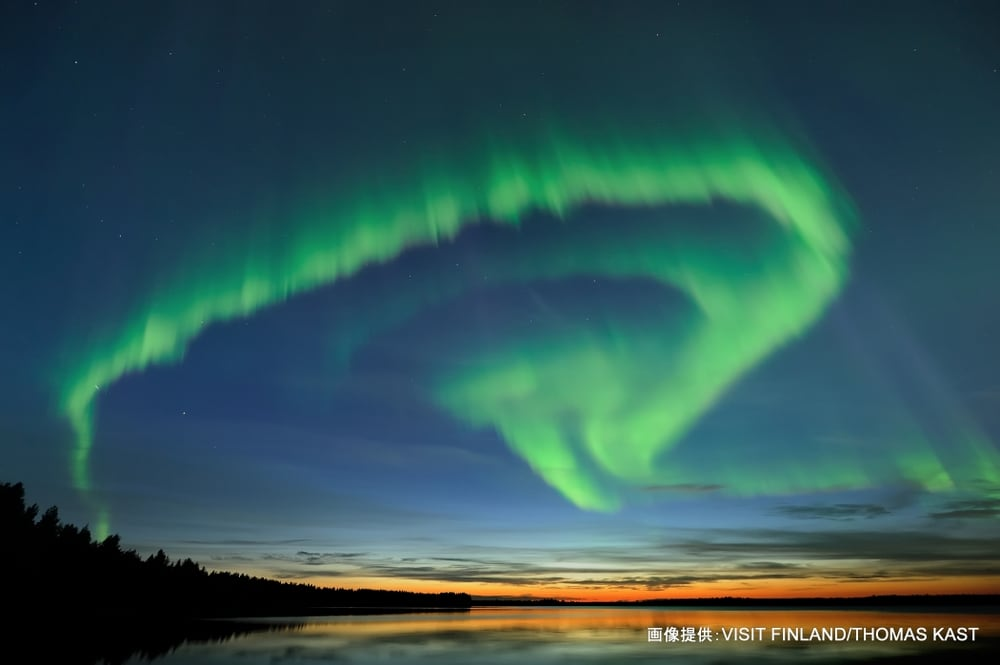 Early autumn auroras are special. Twilight is visible throughout the night at the horizon but it's dark enough for Northern lights to show.