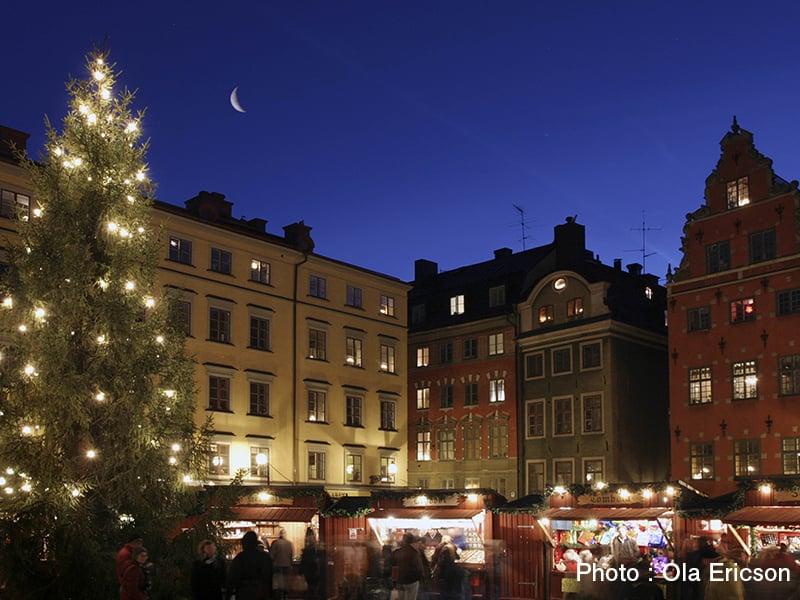 3.ola_ericson-christmas_market_-176